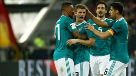 Müller nets stunner as Germany hold Spain