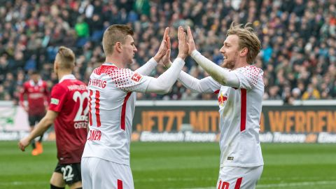 In-form Leipzig edge struggling Hannover