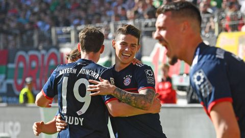 Bayern wrap up 27th Bundesliga title!