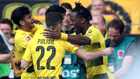 Pulisic and Batshuayi inspire Dortmund
