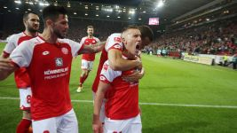 De Blasis's double lifts Mainz