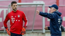 Sven Ulreich grateful to coach Jupp Heynckes