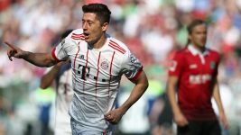 Bayern warm up for Real with Hannover stroll