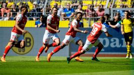 Mainz safe as Dortmund face nail-biter