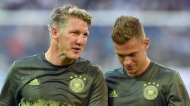 "Schweinsteiger: ""It's time for other players"""