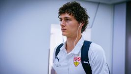 Pavard cuts holiday short to return to Stuttgart