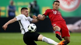 Bayern and Eintracht play Supercup numbers game