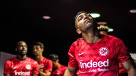 "Marco Fabian: ""I'm staying at Eintracht Frankfurt!"