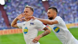 Double Duda as Hertha sink Schalke