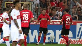 Ten-man Freiburg hold Stuttgart in thriller