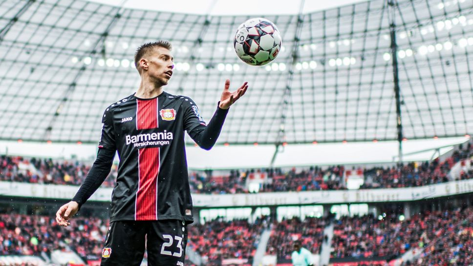 Bundesliga | Mitchell Weiser: 10 things on Bayer