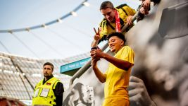 Sancho extends BVB deal to 2022