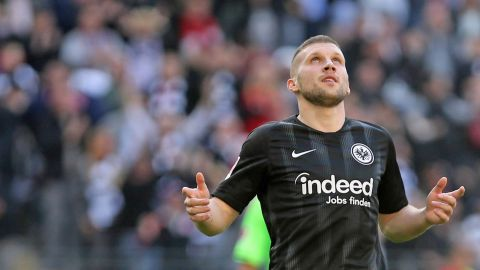 Rebic inspires Frankfurt to big win