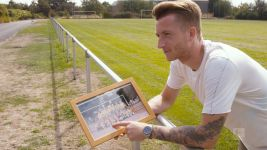 Watch: Marco Reus visits boyhood club