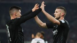 Clinical Frankfurt too good for Stuttgart