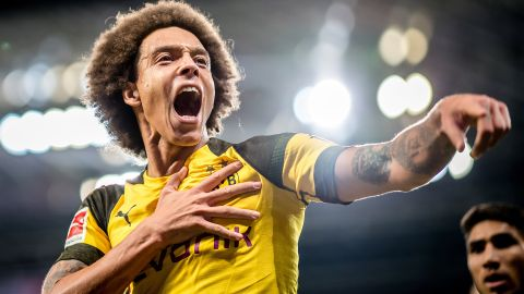 "Witsel: ""Dortmund's 'mad' attack can beat Bayern"""
