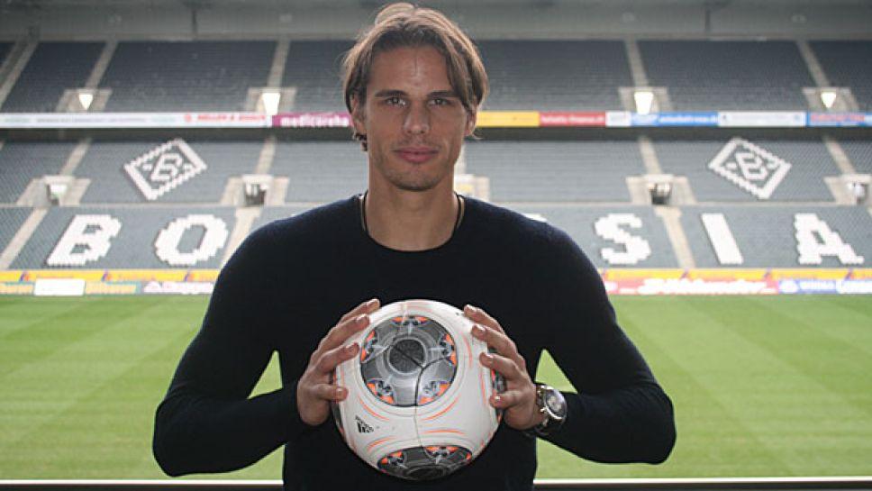 Bundesliga Gladbach Confirm Sommer Signing Yann Sommer Botrussia Monchengladbach
