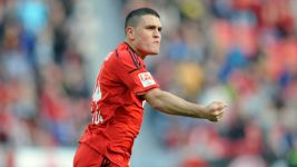 Leverkusen's Papadopoulos back in training