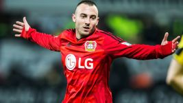 Gladbach land Leverkusen forward Drmic