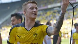 Free-scoring Dortmund heading to Asia on a high