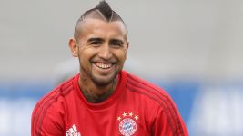 King Arturo's first day