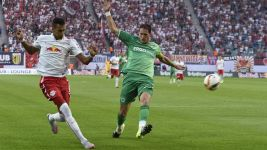 Leipzig held at home by Fürth