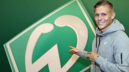 Who is new SV Werder Bremen No.9 Aron Johannsson?