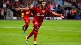 Leverkusen beat Lazio to book group stage berth