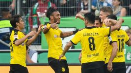 Cloud nine for Dortmund as perfect start continues
