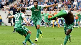 Bremen late show downs Hoffenheim on Pizarro's return