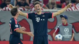 Müller doubles up as Bayern beat Olympiacos