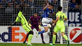 Di Santo hits hat-trick as Schalke beat Asteras