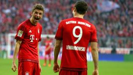 50 up for Müller and Lewandowski