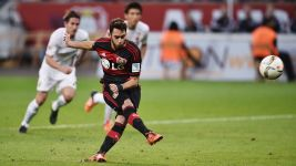 Calhanoglu misses from the spot as Augsburg hold Leverkusen