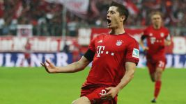 Lewandowski Exclusive: 'The Bundesliga is a challenge'