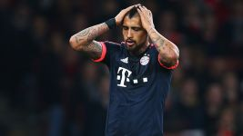 Bayern stumble to Arsenal defeat
